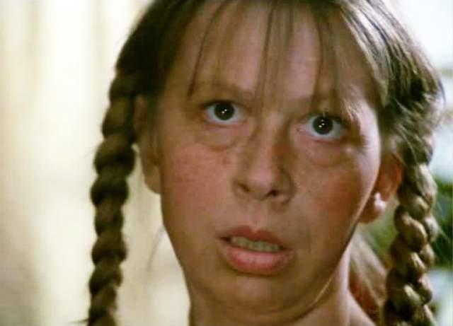 Вера Ивлева. Комическая актриса, звезда эпизодов блестяще воплощала характеры соседок, служанок, теток.