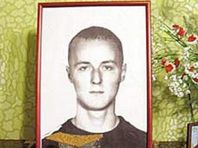 Во время драки Михаил ударил парня в сердце ножом и повредил сонную артерию, что привело к моментальной гибели молодого человека.