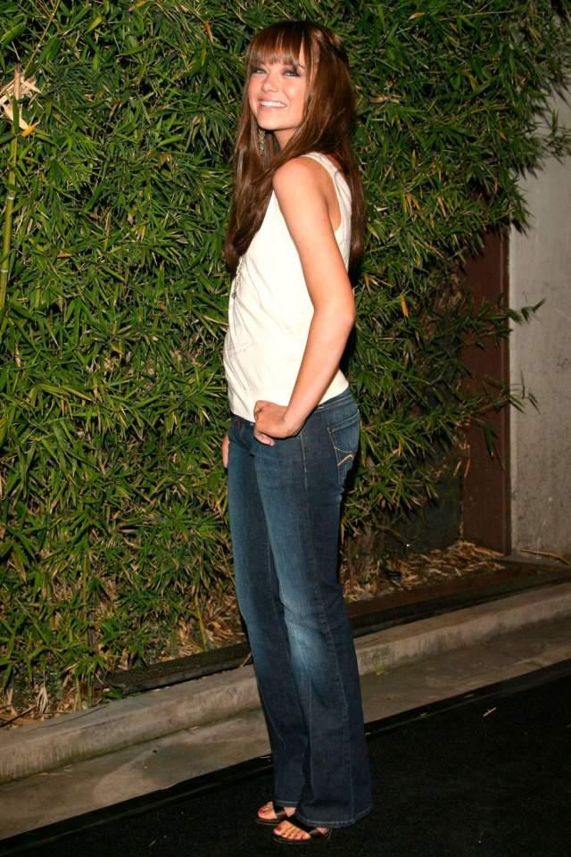 Эмма Стоун на торжестве Replay в 2006 году.