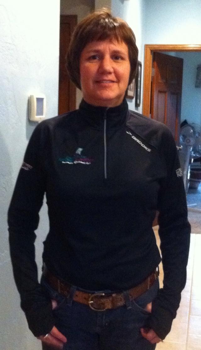 В 2004 году в Австрии Пола Майер поставила рекорд в полумарафоне задом наперед. Дистанцию она пробежала за 2 ч 49 мин. 48 с.