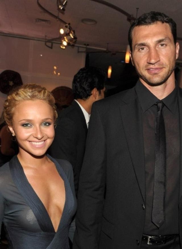 Хейден Панеттьер и Владимир Кличко. Пара была помолвлена аж с 2009 года, но до сих пор состоит лишь в фактическом браке.