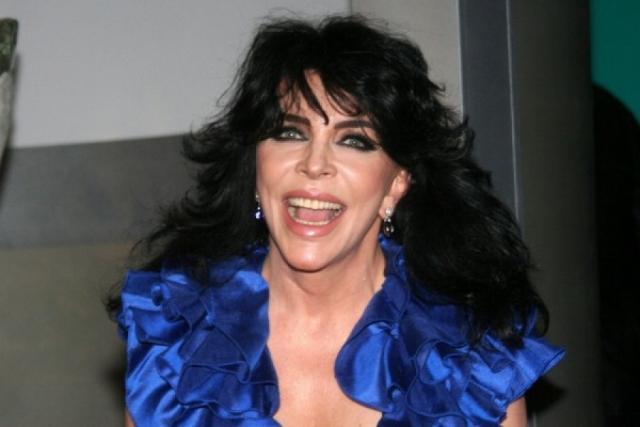 В середине 90-х Вероника попробовала себя в роли телеведущей и до сих пор активно работает в этой сфере.