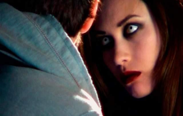 """Актерский дебют Ольги Куриленко состоялся в 2005 году, но популярность пришла к ней через год после выхода картины """"Париж, я люблю тебя""""."""