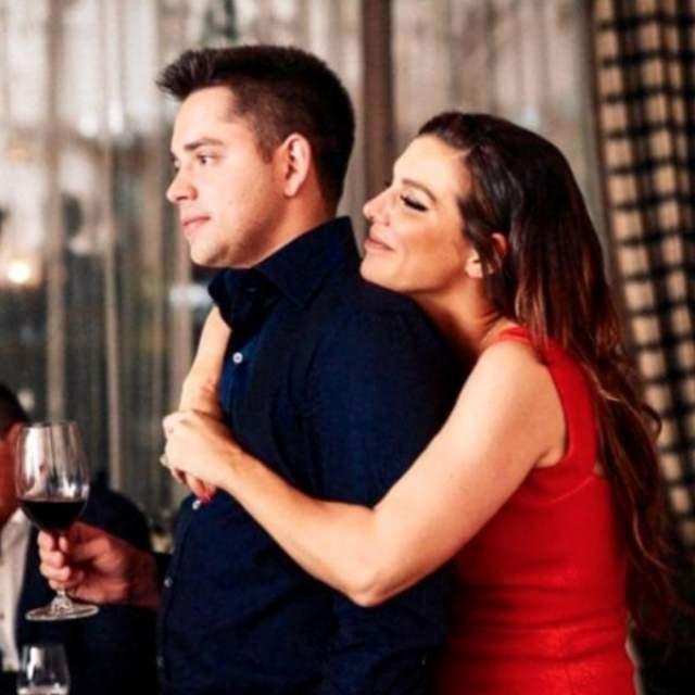 В 2017 году они перестали скрывать свои отношения, и Артем даже публично признался в любви к своей девушке. Пара готовилась к свадьбе.
