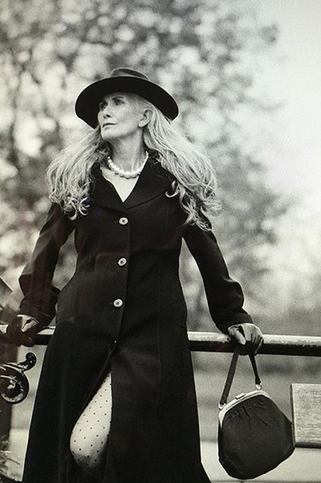 """Гриффин уже снялась в рекламной кампании осенне-зимней коллекции дизайнера Анны Школз, слоган которой звучит как """"Мой любимый возраст - сейчас""""."""