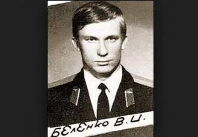 """Виктор Беленко. 6 сентября 1976 года советский летчик, пилотировавший истребитель """"Миг-25П"""", приземлился в Японии, где запросил политическое убежище в США."""