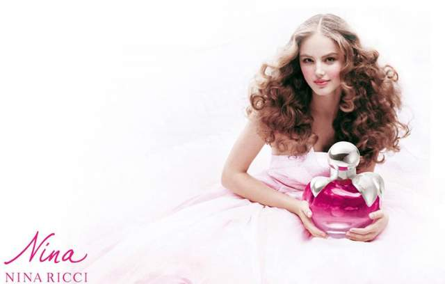Руслана Коршунова, 2.07.1987 — 28.06.2008. Модель, родившаяся в пригороде Алма-Аты, снималась в глянцевых изданиях Elle и Vogue, участвовала в рекламных кампаниях DKNY и Lacoste, а также в рекламе аромата Nina от Nina Ricci.