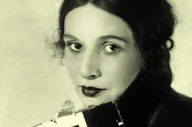 Дело Зинаиды Райх. В 1939 году в ночь с 14 на 15 июля в своей московской квартире в Брюсовом переулке известную актрису, жену режиссера Всеволода Мейерхольда, зверски убили.