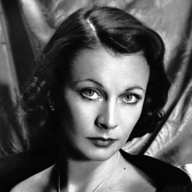 Кроме этого Ли была подвержена маниакальной депрессии, а в 1945 году еще и подхватила туберкулез. У Вивьен случались истерические припадки, во время которых она не узнавала мужа и даже била его.