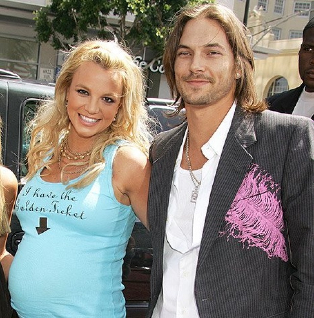 Бритни Спирс. Поп-звезда увела Кевина Федерлайна у актрисы Шар Джексон, которая на тот момент ждала от него второго ребенка.