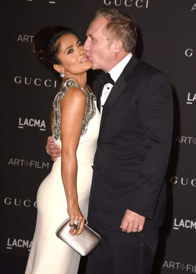 После того, как актриса простила богача и вернулась вместе с дочкой в его особняк, пара сыграла двойную свадьбу в Париже и в Венеции.