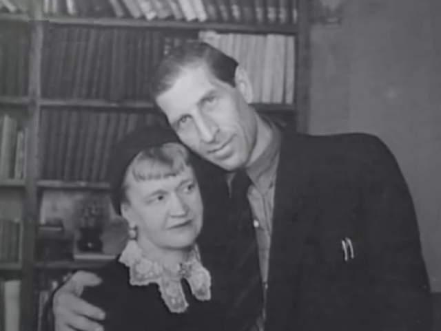 Сергей Филиппов с женой, писательницей Антониной Голубевой.