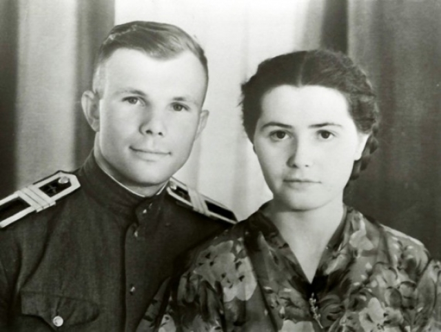 За два дня до полета в космос Юрий Гагарин написал прощальное письмо супруге на случай, если произойдет катастрофа. В 1961 году это письмо не потребовалось.