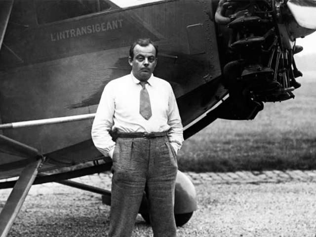 Антуан де Сент-Экзюпери. 29.06.1900-31.07.1944. 31 июля 1944 года писатель отправился в последний полет: с военного аэродрома Борго на острове Корсика он взлетел на своем Lockheed Lightning P-38 в разведывательный полет.