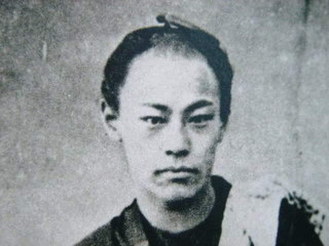 Мастером боевых искусств Окиту признали в 18 лет. Именно он в дальнейшем стал одним из организаторов военной полиции Синсэнгуми, легенды о которой популярны в Японии по сей день.