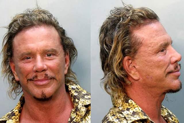 Микки Рурк. Актера арестовали за пьяное вождение в 2007 году, причем довольно забавным образом.