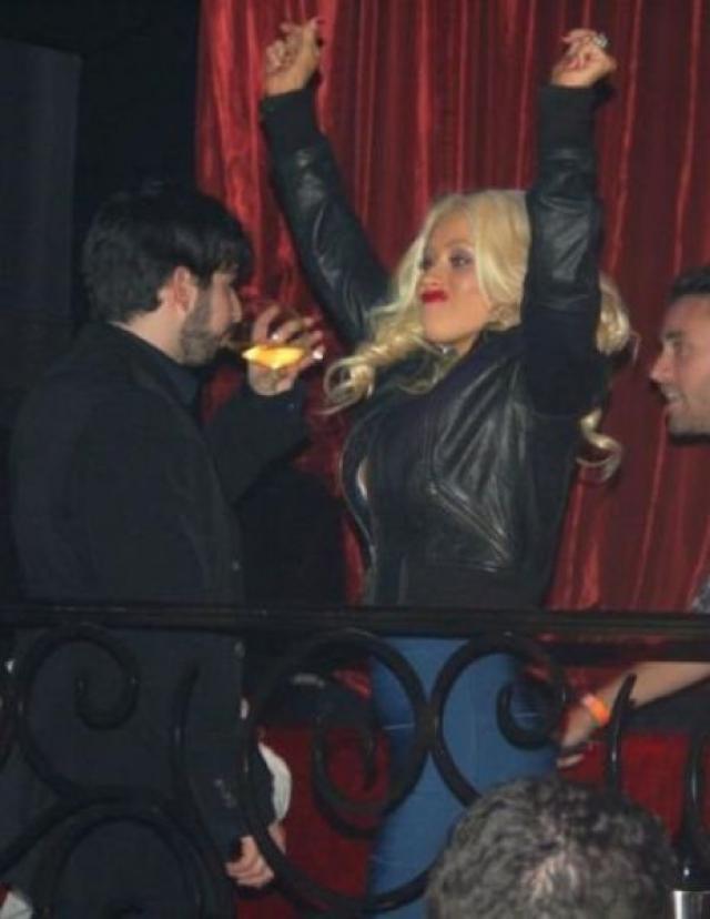Кристина Агилера. Пьяные танцы от поп-звезды.