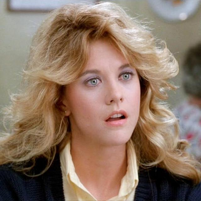 Мэг Райан. В 90-е актриса была невероятно востребована, но по их прошествию стала неинтересна режиссерам и пропала из большого кино.
