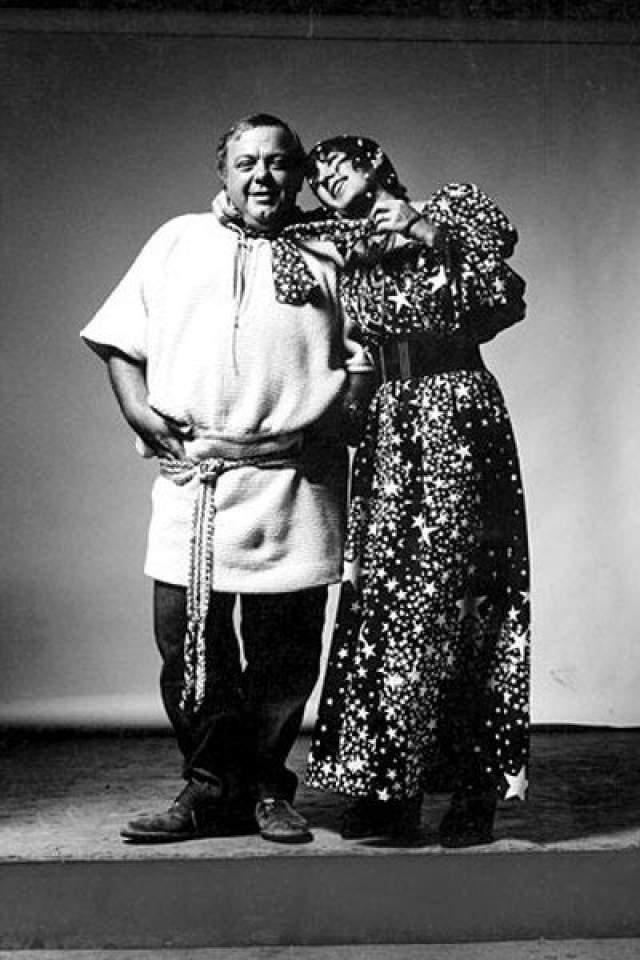 При этом звезда модной журналистики была очень счастлива в личной жизни - с 1962 года она была замужем за итальянским фотографом Альфой Кастальди. Разлучила их лишь смерть мужчины.