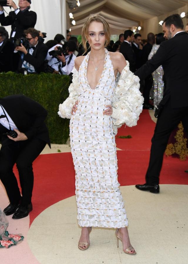 В 2015 году Лили-Роуз стала музой самого Карла Лагерфельда, а также появляется в таких изданиях как Grazia, Vogue и многих других.