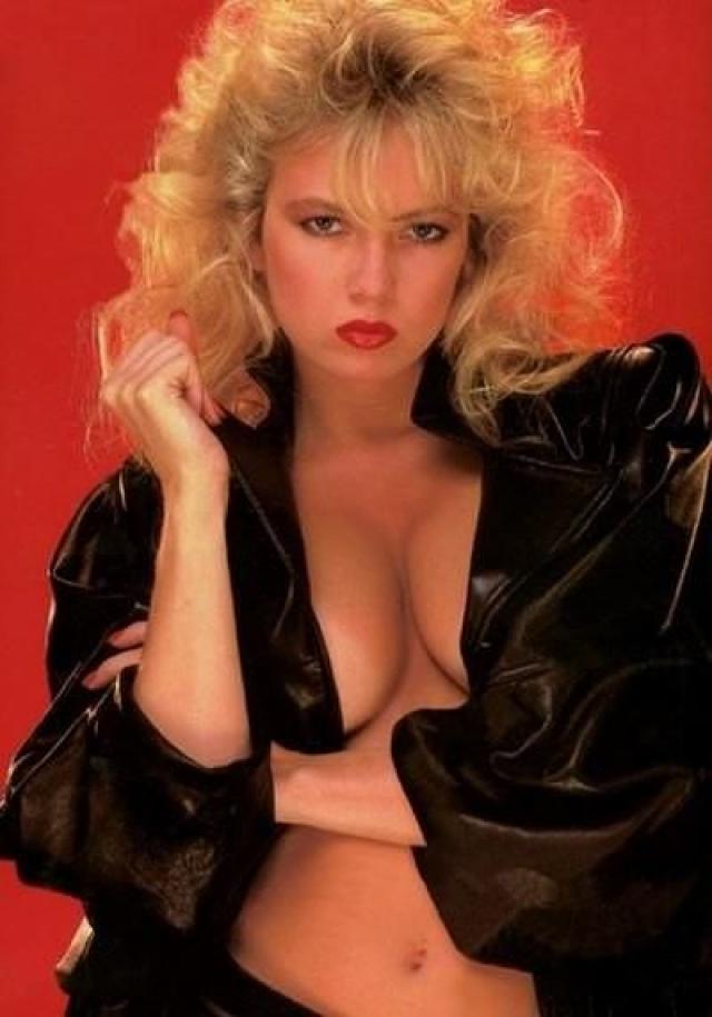 Затем она покинула индустрию из-за скандала, который разразился по причине того, что выяснилось, что Лордс снималась в порно будучи несовершеннолетней. Порноиндустрия потеряла несколько миллионов долларов, а сама Трейси получила лишь 35 тысяч долларов за все фильмы.