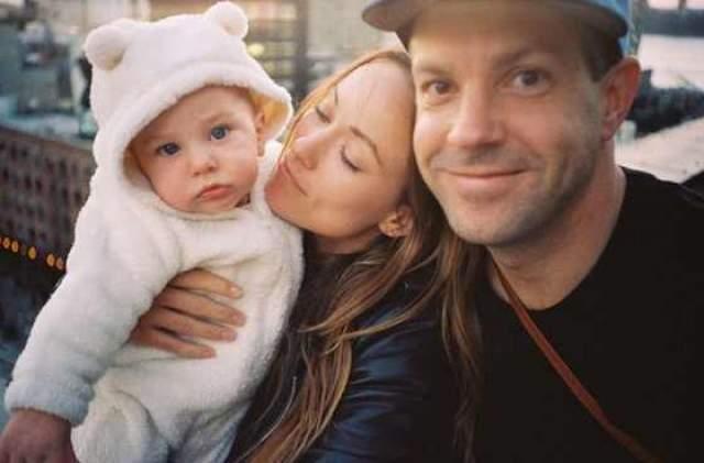 С ноября 2011 года пара стала жить вместе, после чего у них родилось двое детей: сын - Отис Александр Судейкис и дочь - Дэйзи Джозефин Судейкис.