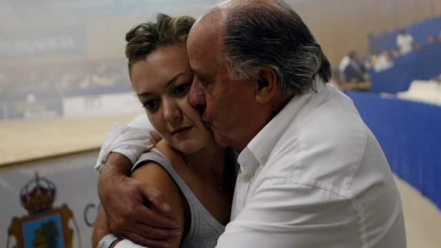 """Сейчас 34-летняя красавица — наследница отцовского """"королевства"""" и бывшая жена звезды испанского конного спорта Серхио Альвареса Мойи. Сейчас сердце миллиардерши свободно."""