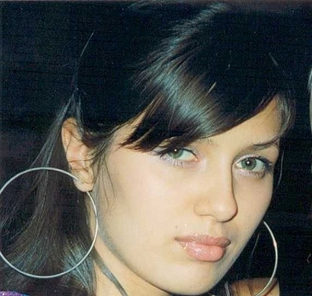 Виктория Боня по национальности молдаванка, но родилась в городе Краснокаменск Читинской области, откуда в 16 лет отправилась покорять Москву.