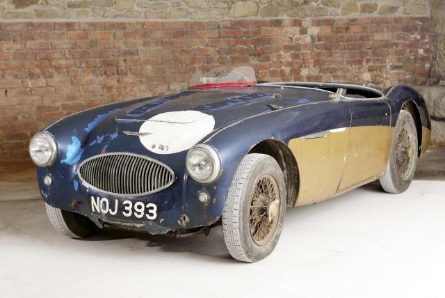 """В машине присутствовал родной двигатель SPL 261-BN; до аукциона стоимость автомобиля оценивалась в 800 тысяч фунтов стерлингов. Указывалось, что его состояние было """"бесхозным"""""""