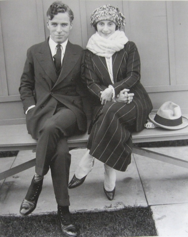 """Считается, что отношения Чаплина и Литы Грей стали основой романа Набокова """"Лолита""""."""