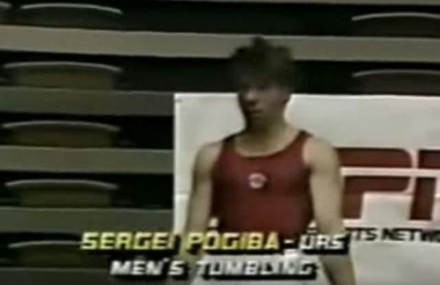Сергей Погиба. В 1992 году в рамках Чемпионата страны по спортивной акробатике, завоевавший ранее Кубок мира спортсмен, разминаясь, потерял ориентацию в воздухе и вместо ног приземлился на голову.
