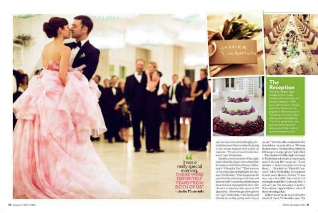 Невеста выбрала нежно-розовое платье от Giambattista Valli, а жених - смокинг Tom Ford. На чем действительно удалось сэкономить, так это на музыкальном сопровождении, поскольку Джастин большую часть времени пел сам.