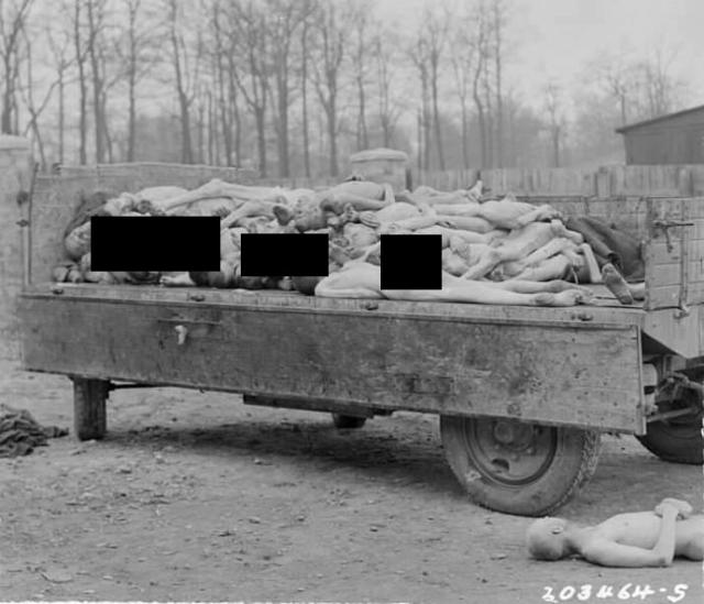 Картина, которую увидели американцы во дворе рядом с крематорием, потрясла их настолько, что лейтенант Адреан Миллер немедленно начал снимать.