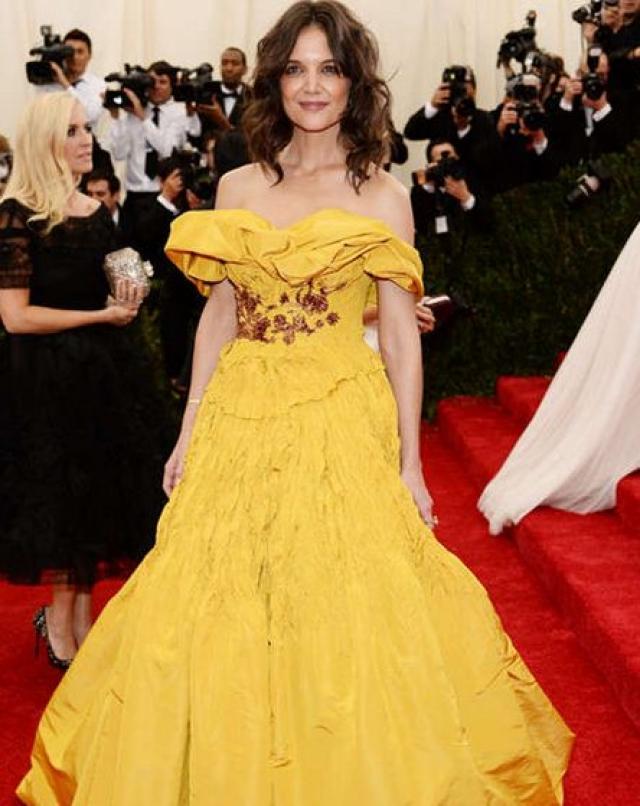 """Кэти Холмс. А это уже желтое """"безобразие""""."""