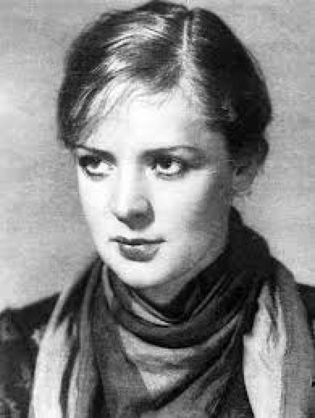 Зоя Федорова. Известная актриса познакомилась с иностранным журналистом Шапиро в 1942 году во время фестиваля американского кино в Москве.