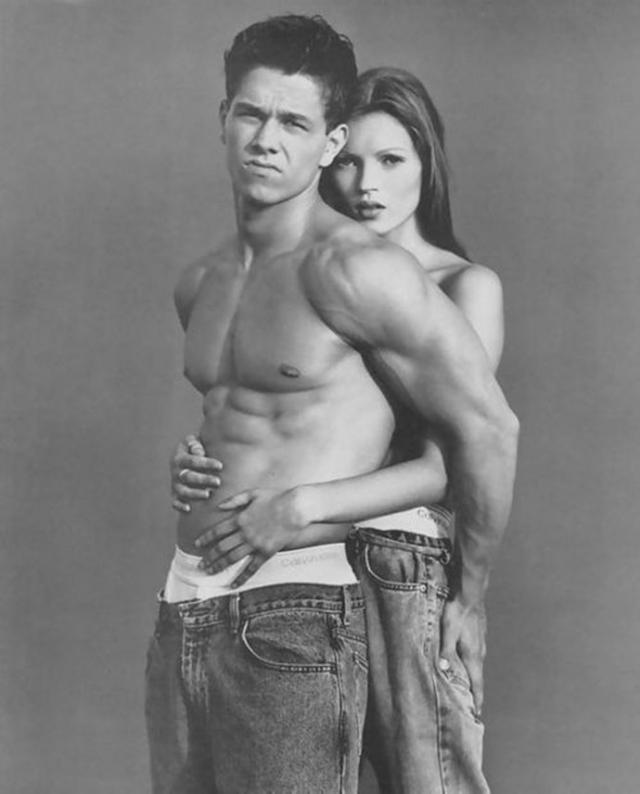 Для участия в рекламной кампании он пригласил 18-летнюю Кейт Мосс и актера Марка Уолберга, который тогда был 21-летним рэпером под псевдонимом Марки Марк.