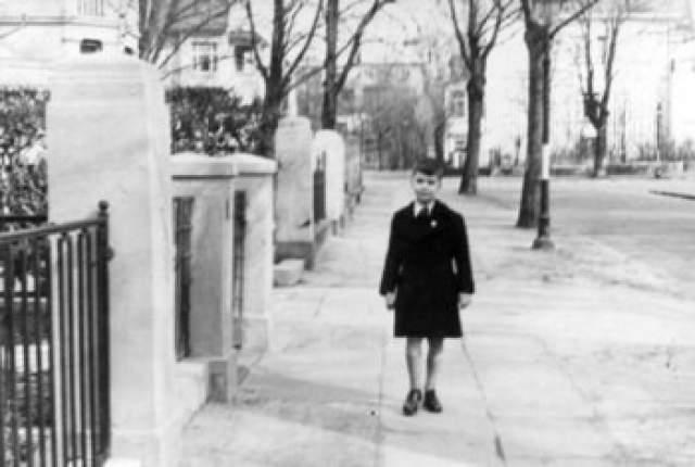 """Карл Лагерфельд, 84 года. Дизайнер когда-то получил прозвище """"Кайзер"""", а сейчас его зовут """"Кайзером моды"""", - ведь Кайзер - это германский титул монарха."""
