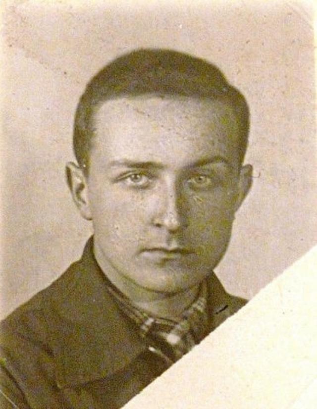 В одном из боев под Оршей в 1944 году Георгий Эфрон был смертельно ранен.