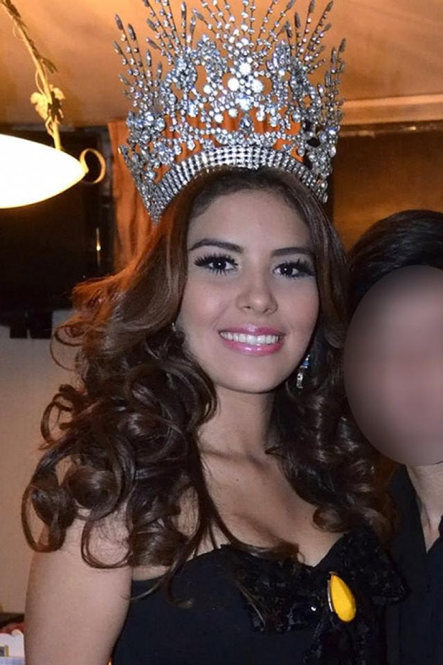 """Мария Хосе Альварадо (19 лет). """"Мисс Гондурас - 2014"""" пропала после празднования дня рождения бойфренда своей сестры Софии."""