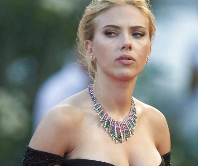 Скарлетт Йоханссон, 33 года. Орнитофобия. Знаменитая актриса, оказывается, панически боится птиц.